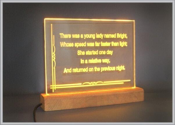 Настольный акрилайт-светильник