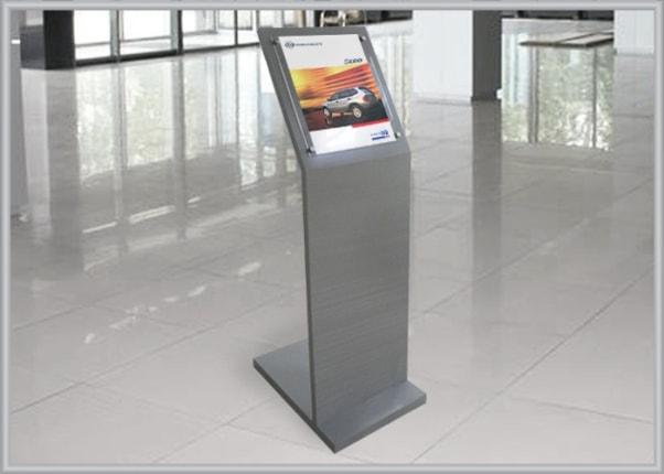 Выставочная, рекламная стойка автосалона