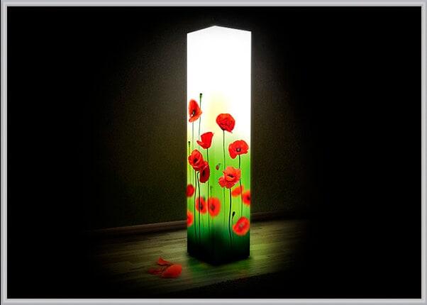 Пластиковый дизайнерский светильник