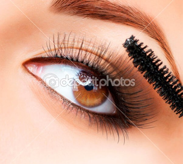 depositphotos_12801848-Makeup-make-up-applying-mascara