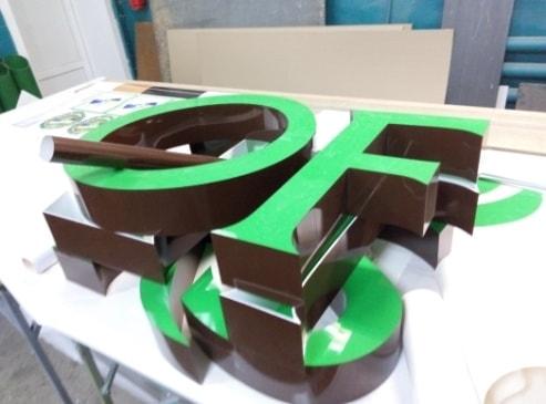 Виготовлення об'ємних букв, символів