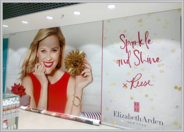 Оформление интерьера магазина рекламным баннером