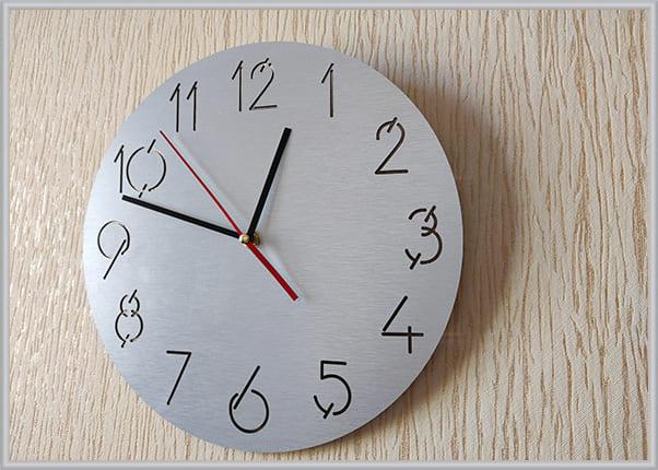 Характеристики, размер настенных часов КР-2371