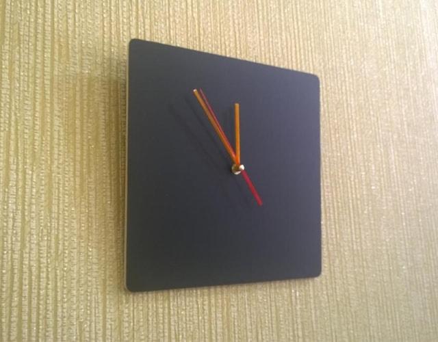 Квадратные грифельные часы для рисования, написания мелом КР-45