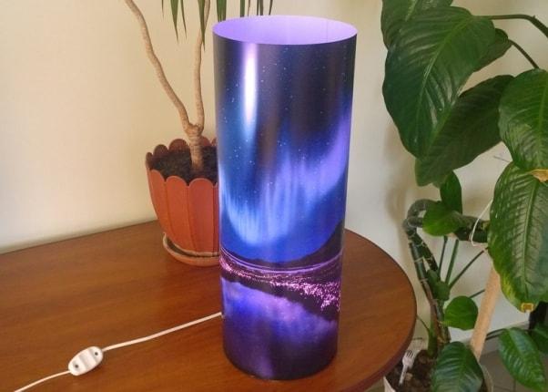 Светильник со сменой подсветки